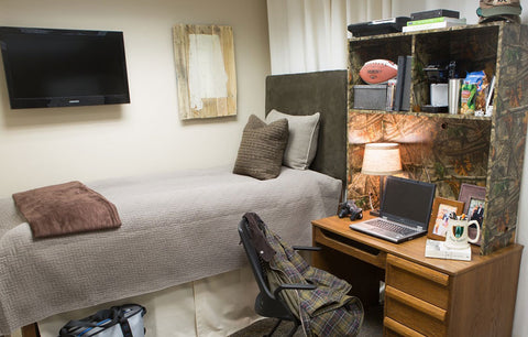 The Man's Guide to Decorating a Dorm Room in 6 Easy Steps