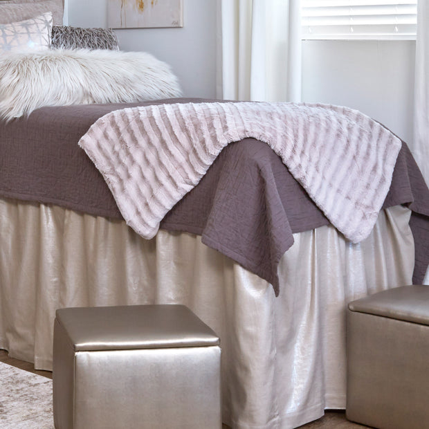 Deluxe Lush Throw - Feather