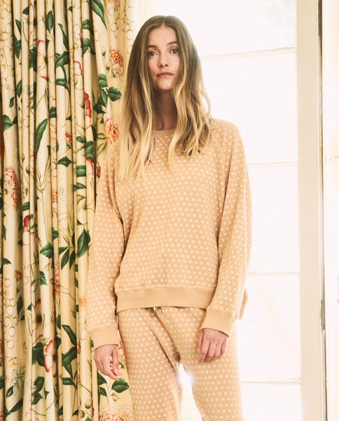 The Slouch Sweatshirt. -- Honey with Daisy Print