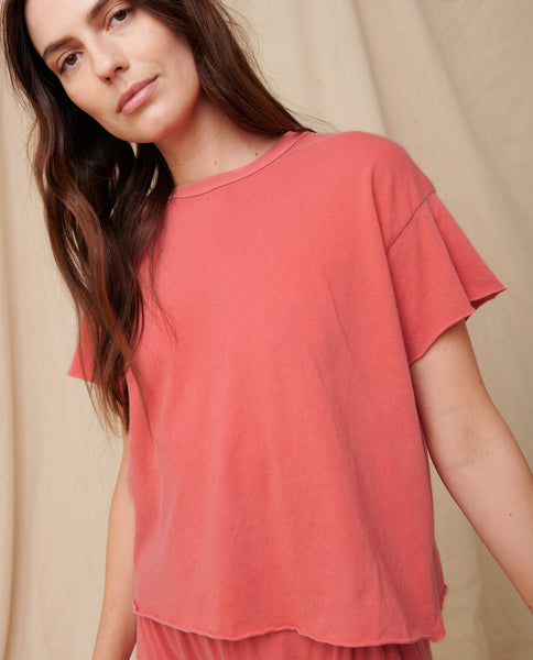 The Crop Tee. Solid -- Coral
