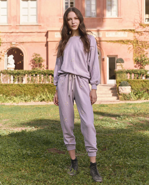 The Cropped Sweatpant. Embroidered -- Lavender With Daisy Bouquet Embroidery