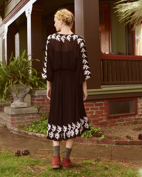The Fauna Dress. -- BLACK