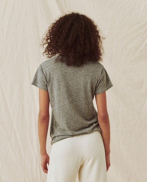 The Slim Tee. Solid -- Heather Grey