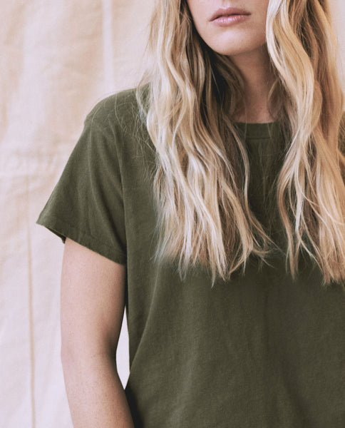The Slim Tee. Solid  -- OLIVE