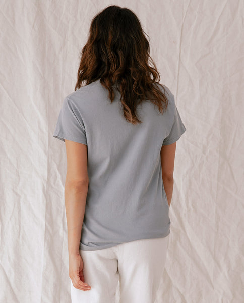 The Slim Tee. Solid -- SAGE