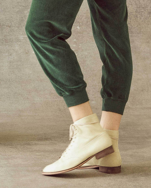 The Velour Cropped Sweatpant. -- Emerald