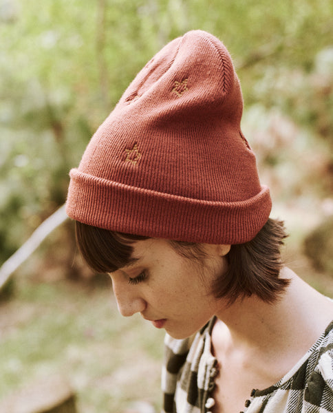 The Embroidered Beanie. -- Rust Star