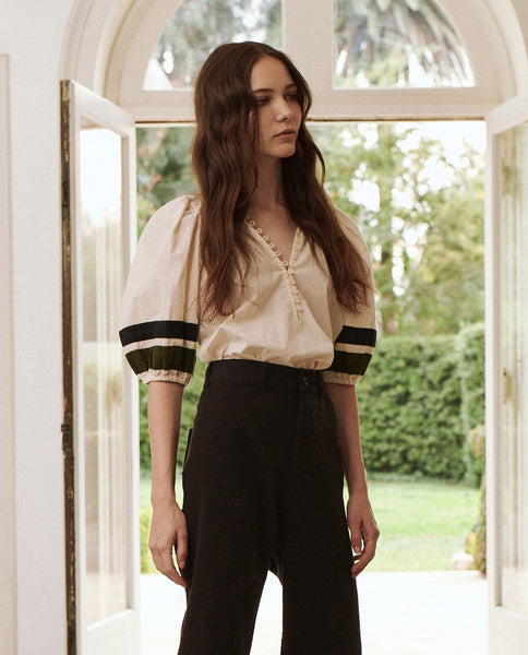 The Vignette Top. -- Cream