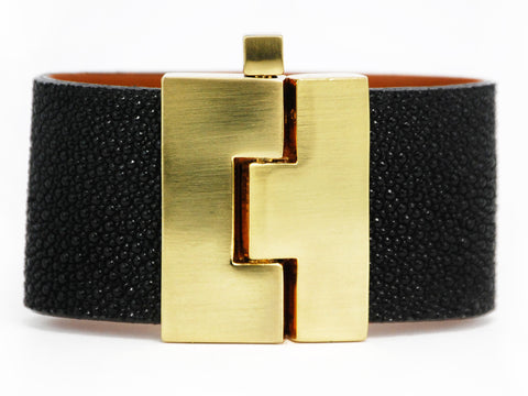 Wide Black Stingray Jigsaw Cuff