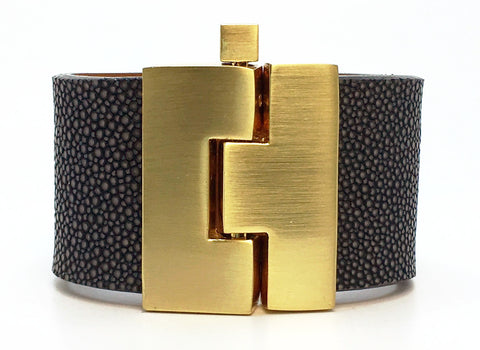 Wide Smoke Polished Stingray Jigsaw Cuff