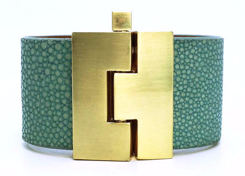 Wide Turquoise Polished Stingray Jigsaw Cuff