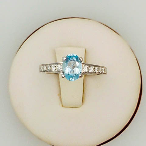 Aquamarine Engagement Ring and Wedding Band Set