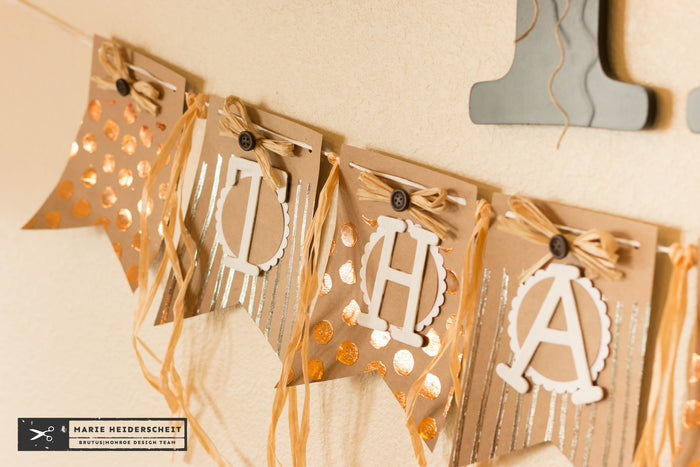 Deco Foil Thankful Banner