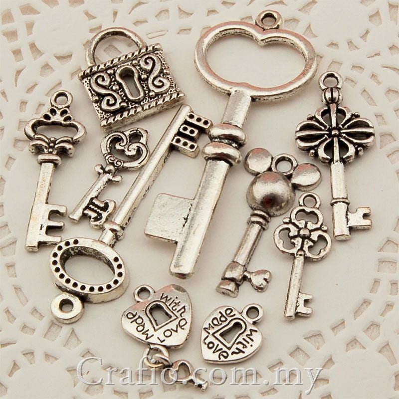 Tibetan Silver Lock and Key Charm Pendant set