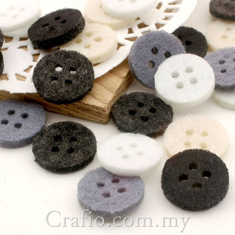 4-Eye Monochrome Felt Buttons