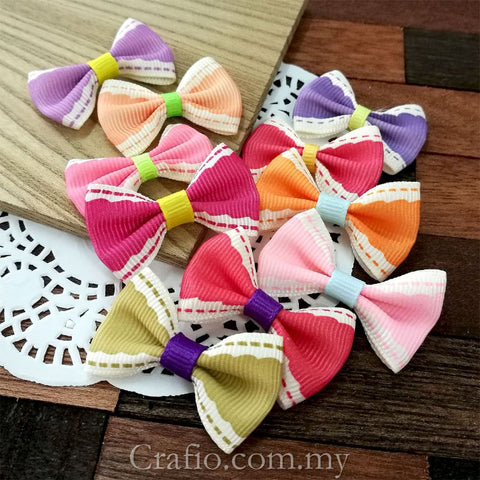 Girly Wave Grosgrain Ribbon Bow
