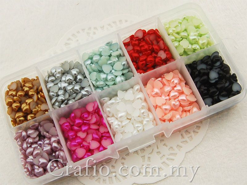 5 mm Pearl Hearts Mixed Color in Storage Box