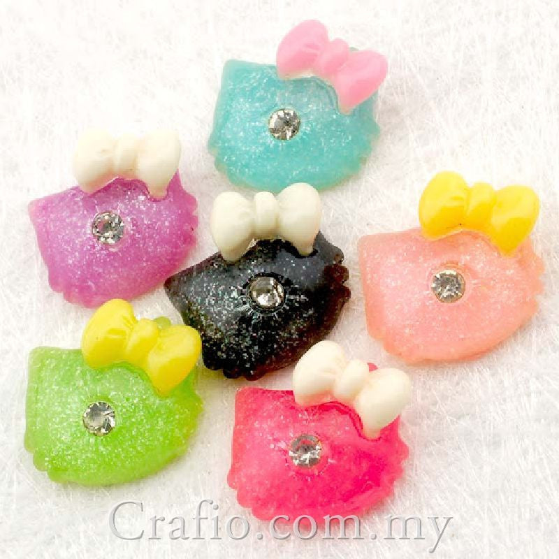 Cabochon Resin Cat with Rhinestone Mixed