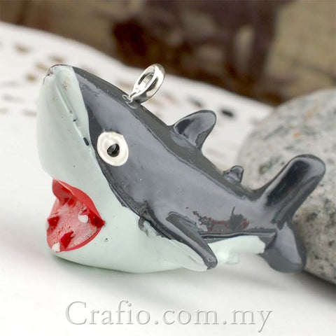 Cabochon Resin Deadly Shark with Eye Bolt