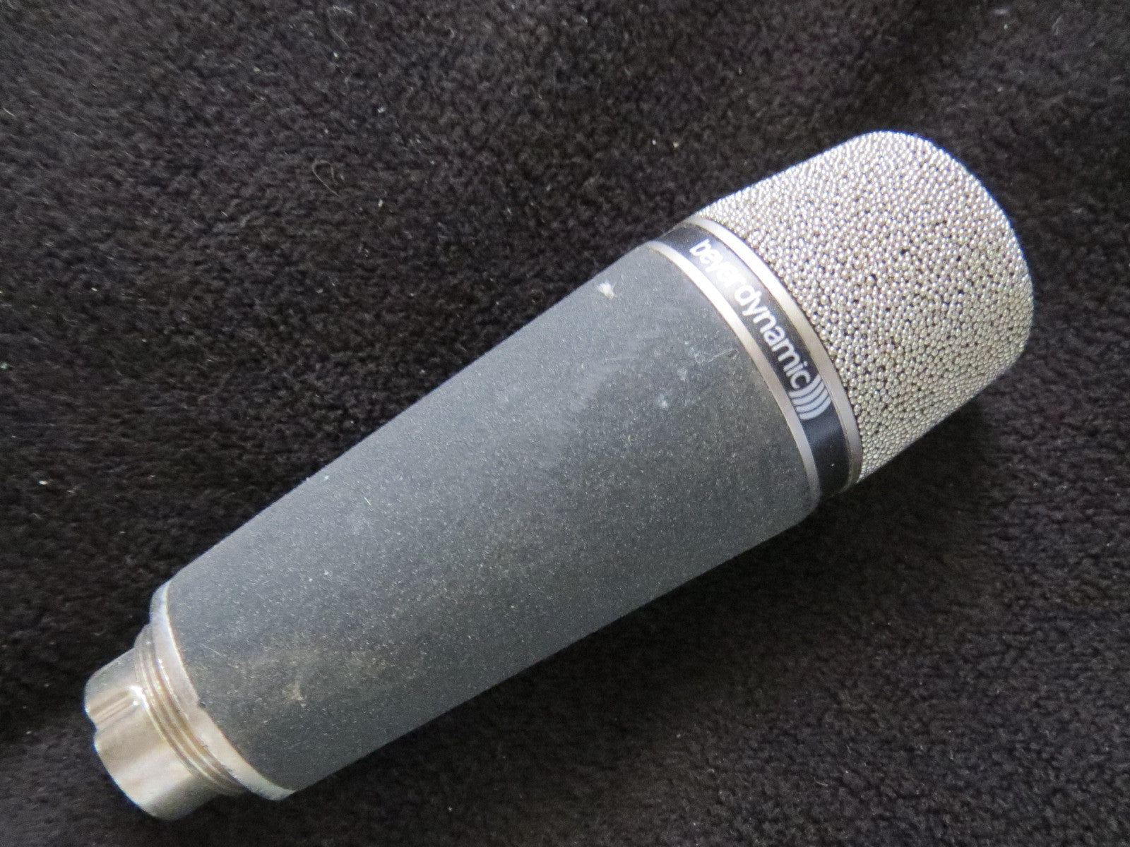 BEYER BEYERDYNAMIC M640 RARE VINTAGE CARDIOID DYNAMIC MICROPHONE WITH XLR CABLE
