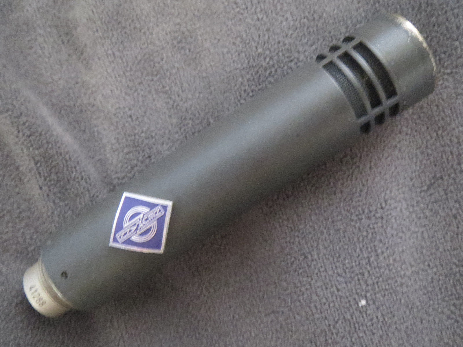 NEUMANN KM84 RARE VINTAGE CARDIOID CONDENSER MICROPHONE WITH XLR CABLE