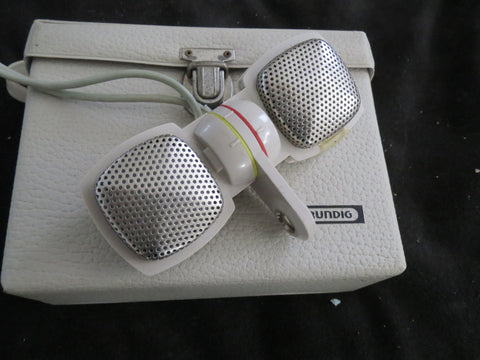 GRUNDIG GDSM202 STEREO DYNAMIC MICROPHONE SET MADE BY SENNHEISER, WITH CASE