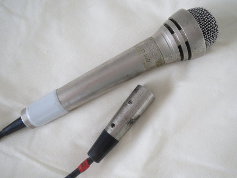AKG D100 RARE VINTAGE DYNAMIC CARDIOID MICROPHONE