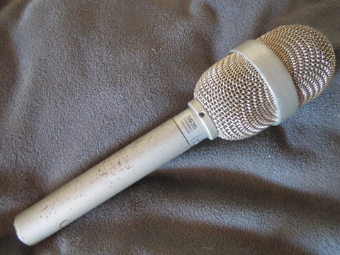 EV ELECTROVOICE DS35 RARE VINTAGE CARDIOID DYNAMIC MICROPHONE WITH XLR CONNECTOR