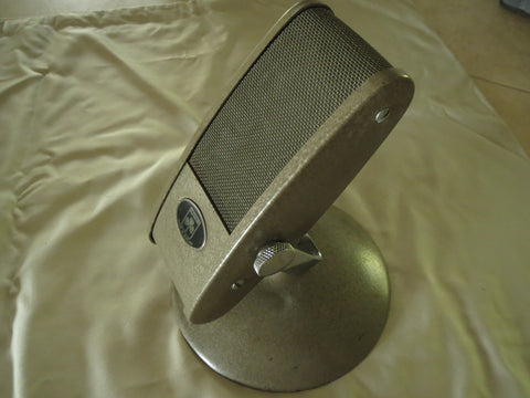LUSTRAPHONE VR53 VINTAGE BRITISH RIBBON MICROPHONE WITH YOKE AND CABLE