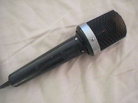 UHER GERMAN VINTAGE DYNAMIC CARDIOID MICROPHONE WITH XLR CABLE