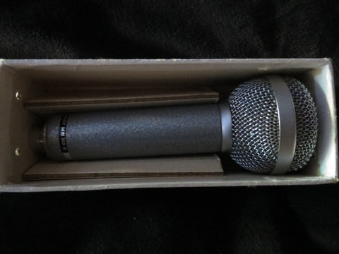 BEYER BEYERDYNAMIC M61 RARE VINTAGE DYNAMIC CARDIOID MICROPHONE WITH XLR CABLE