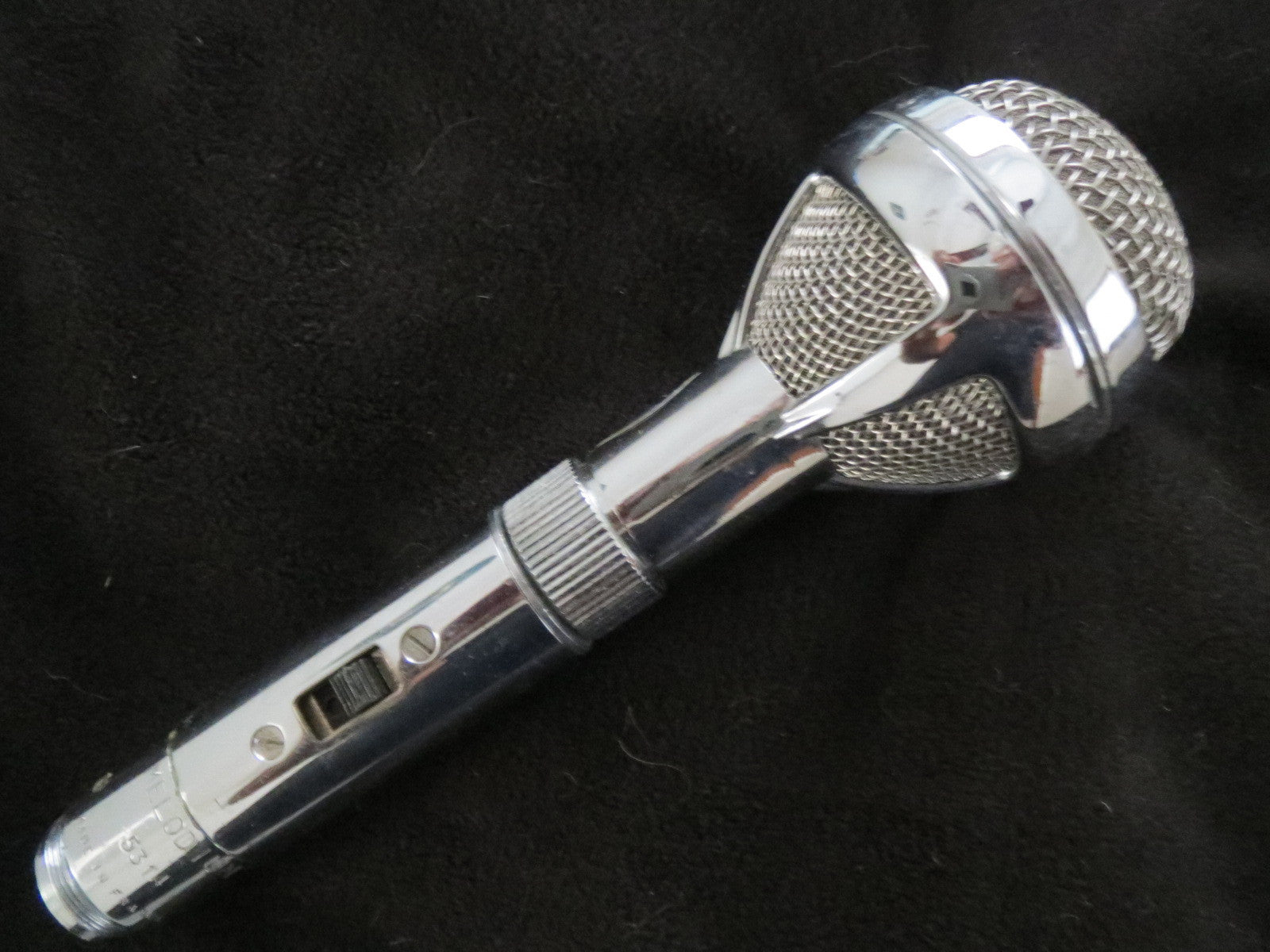 BOUYER/MELODIUM GM709 VINTAGE FRENCH CARDIOID DYNAMIC MICROPHONE WITH XLR CABLE