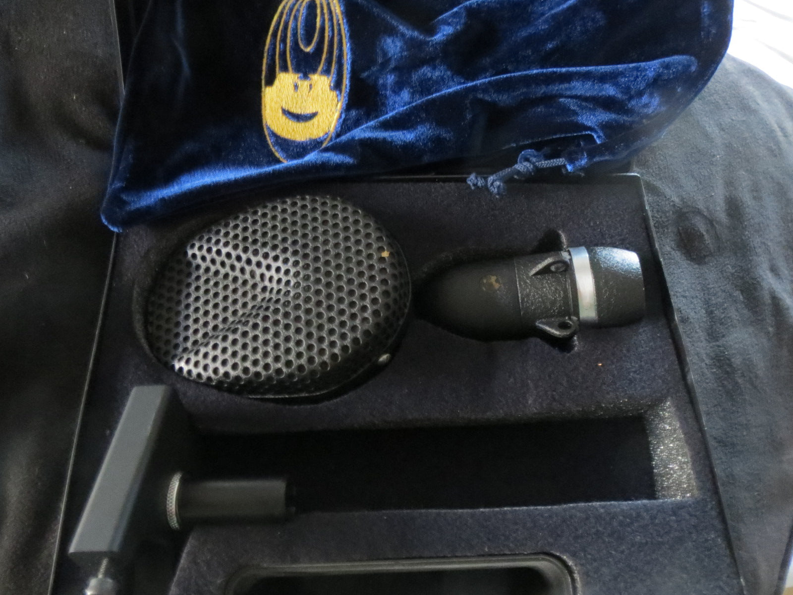 COLES 4038 BBC STUDIO RIBBON MICROPHONE INCLUDING CASE & ADAPTER W/XLR CONNECTOR