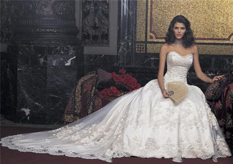 Cathedral Sweetheart Wedding Bridal Dress.