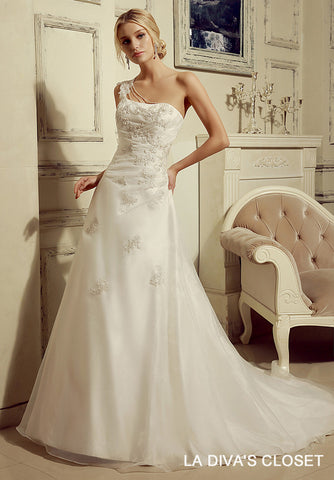 ONE SHOULDER ORGANZA WEDDING GOWN,  Delivery In About 19 Days