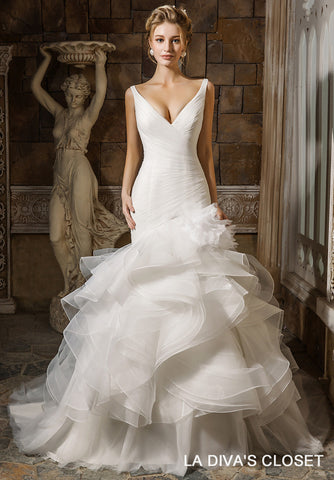 Organza Ruffled Wedding Dress With Flower, Delivery In About 22 Days
