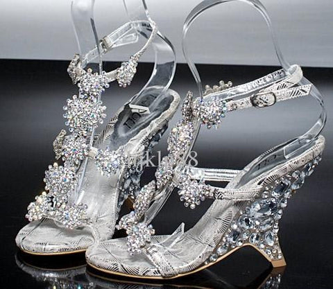 Lady Bridal Wedding Shoes.