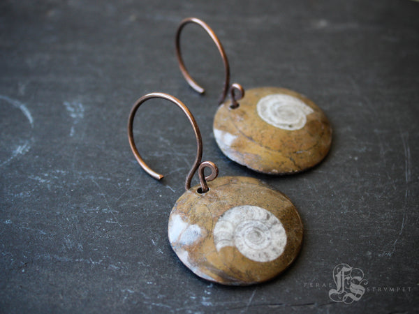 Hild's Eye Hangers.  Ammonite Fossil Ear Weights Threaders in 14g.