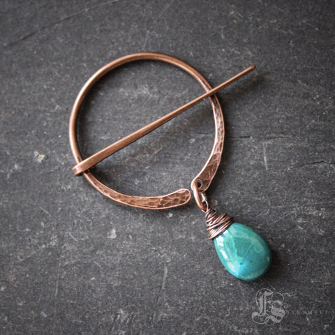 Knitting Clasp Brooch with Labradorite Drop. Pennanular Pin for Handknits.