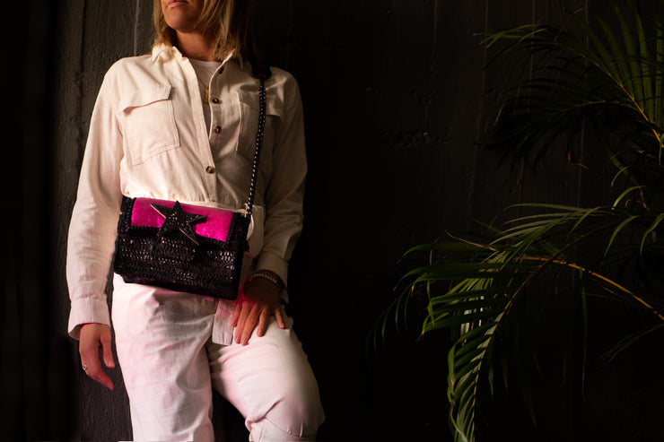 Leather Shoulder Bag - New Yorker Disco Fuchsia / Black