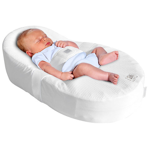 Red Castle Cocoonababy Nest with Two Fitted Sheets