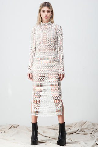 LACE BORDERS MIDI DRESS WHITE (TULLE UNDERLAY)