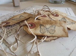 shabby gift tags: butterfly