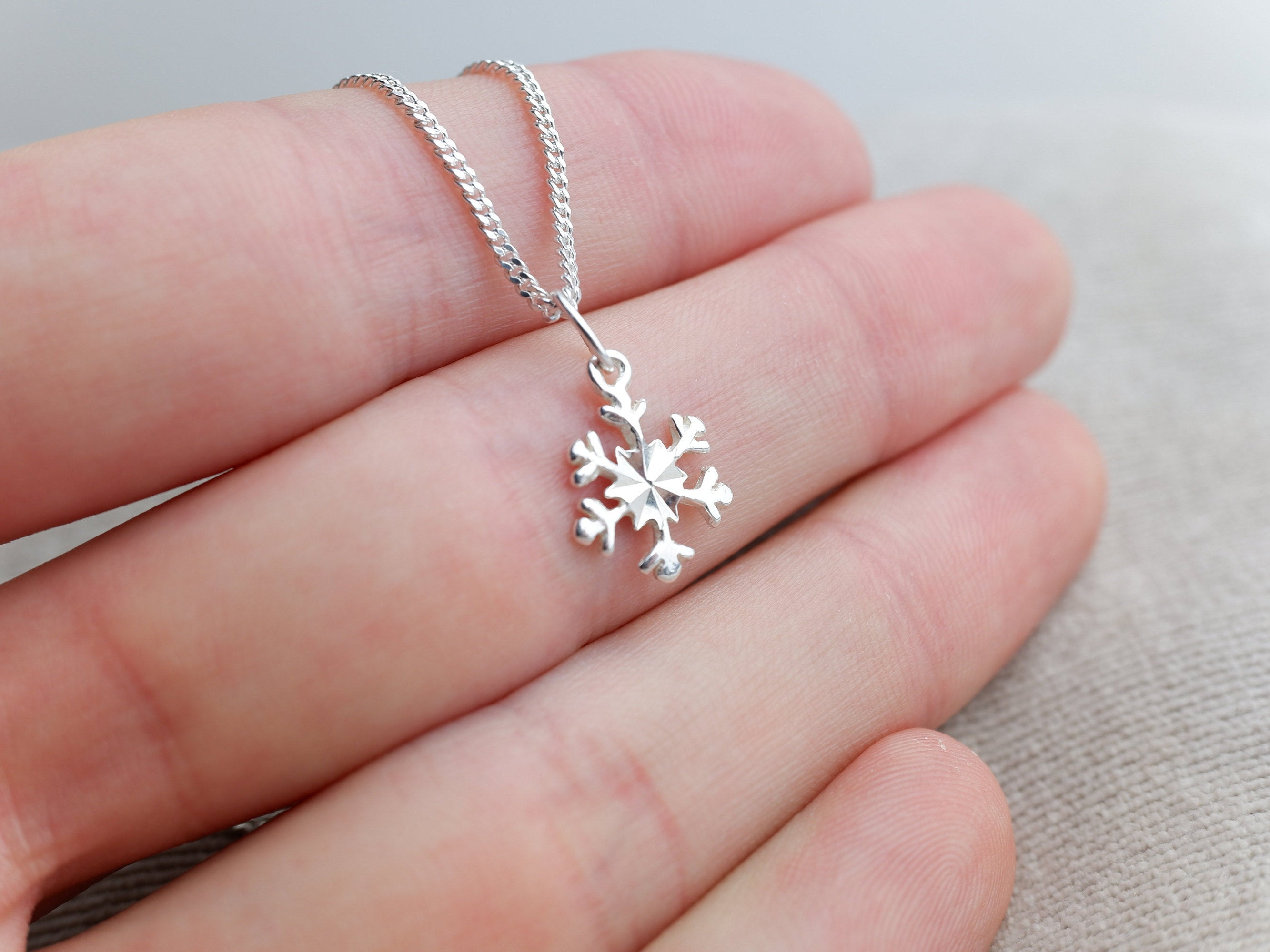 Sterling Silver Snow Flake Charm Pendant Necklace - Diamond Cut Sterling Silver Chain - Christmas Jewellery