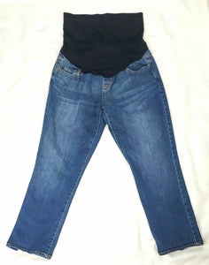 Liz Lange Full Panel Medium Wash Cropped Jean