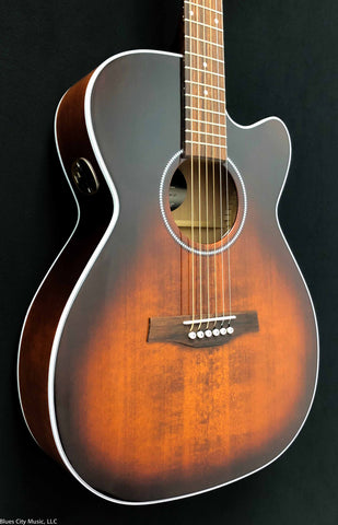 Seagull  Performer CW CH Burnt Umber QIT