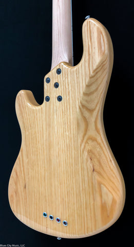 Lakland Guitars Skyline - DJ4 -Darryl Jones - Natural