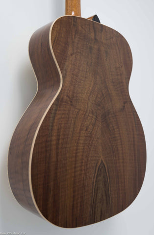 MacMillan Guitars - Orchestra Model (OM) - Curly Walnut - #056