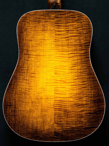 MacMillan Guitars - Dreadnought - Curly Maple - #061