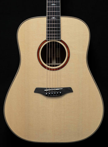 Furch - Orange - Dreadnought - Spruce Top - Walnut B/S
